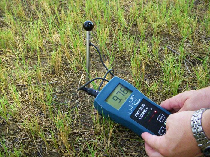 سنجش میزان PH خاک